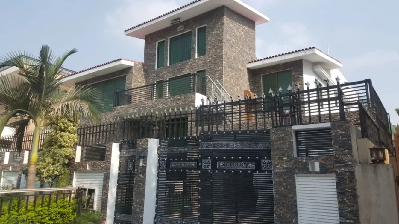 1 Kanal House For sale in sector I-8